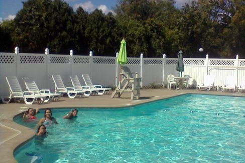 Andrea-Pollock-Windsor-pool-1-1
