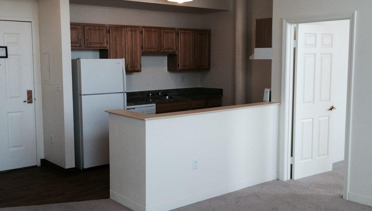 R601-Kitchen-2