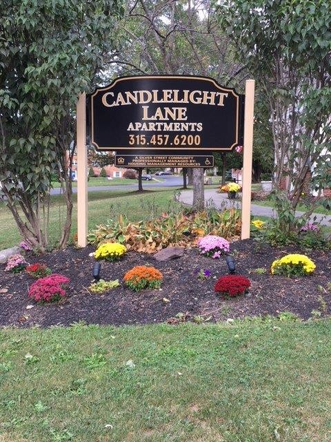 Candlelight Lane Liverpool, New York